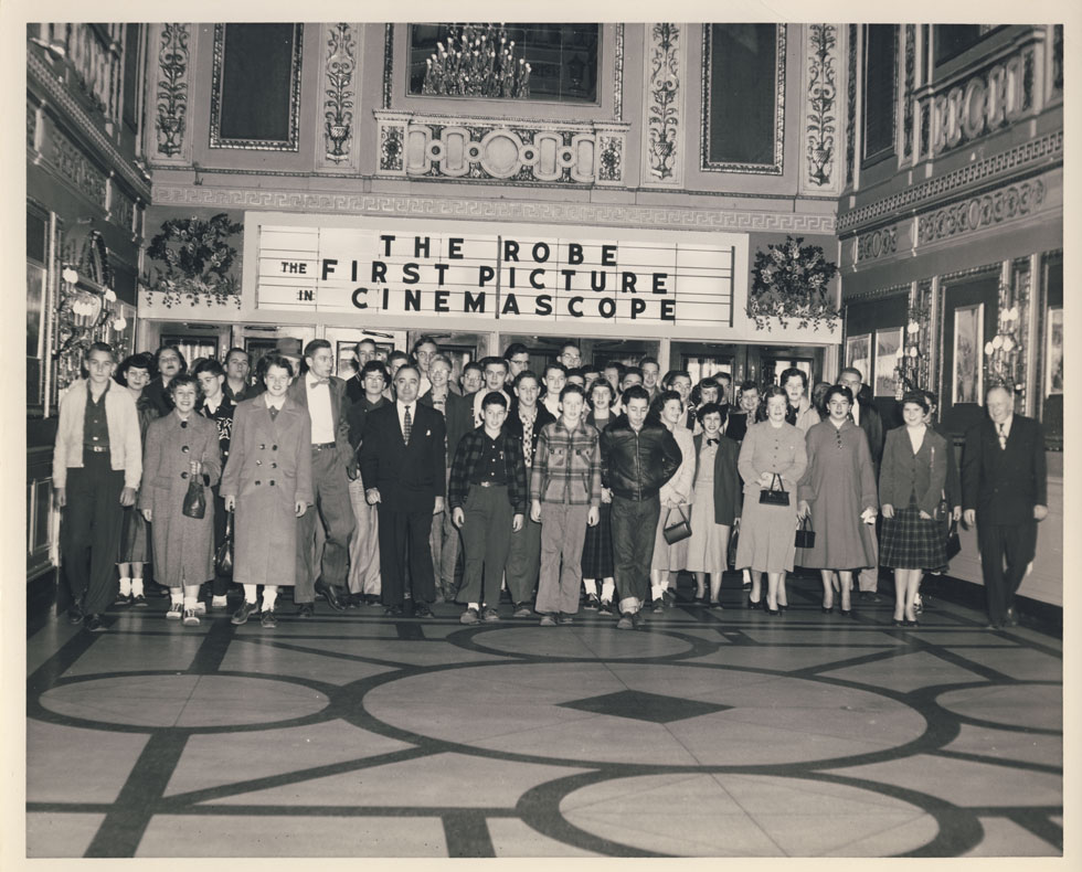 The opening of 'The Robe' which was the first movie to be shown in CinemaScope. [PHOTO: D.O. Schultz / Rochester Theater Organ Society]