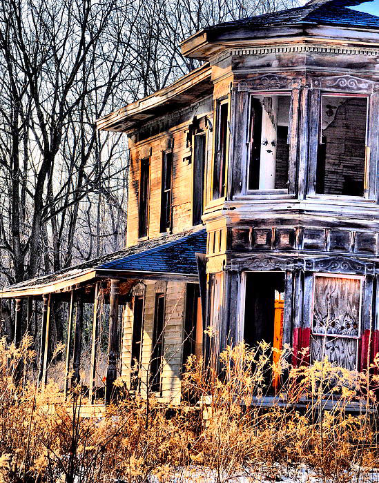 The old Barber House at the corner of Short Tract and Oakland Road in the Town of Portage. [IMAGE: Emily Stauring]