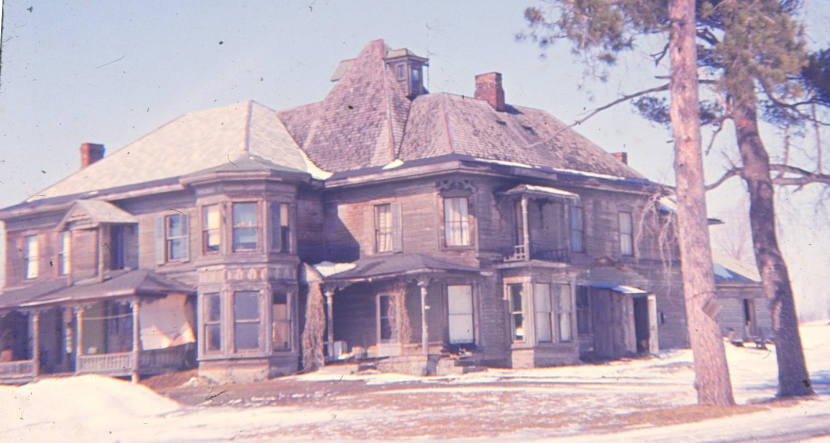 The earliest known photo of the old Barber House, 1960. [IMAGE: Roy Gath, courtesy of Nunda Historical Society]
