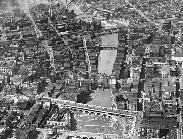 Aerial view of the Main Street bridge. 1929. [IMAGE: Rochester Municipal Archives]