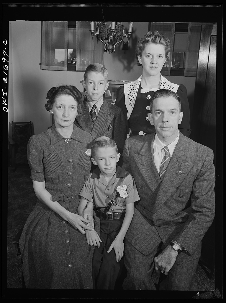 The Babcocks, an American family. Rochester, NY. March, 1943. [PHOTO: Library of Congress]