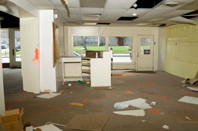 The interior of 1794 East Avenue... The former Old Brighton Antiques. [PHOTO: Andy Olenick, Rochester Public Library]