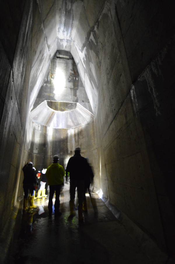 We're standing at the very bottom of a 50' drop shaft below Lyceum Street. [PHOTO: RochesterSubway.com]