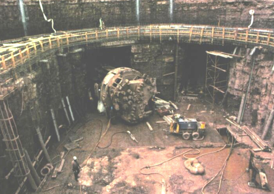 Construction of the tunnel system took 9 years, from 1982 to 1991. [PHOTO: RochesterSubway.com]