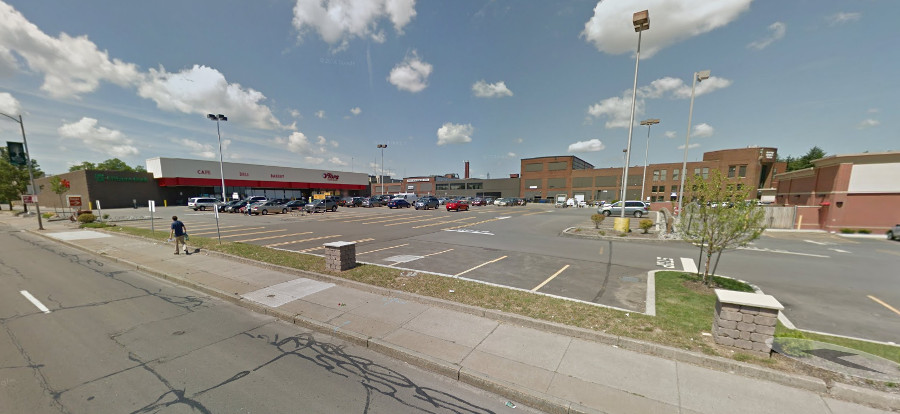 Tops Plaza on Winton Rd south of Blossom [PHOTO: Google Streetview]