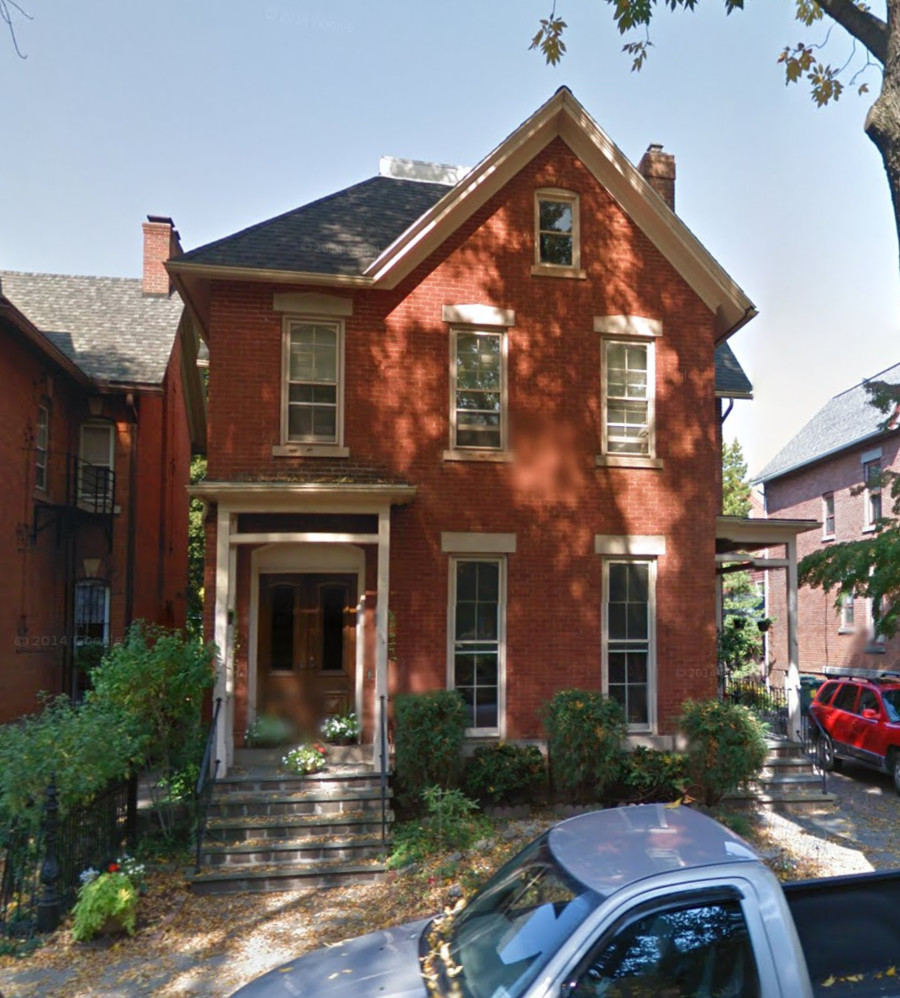 34 Atkinson Street - An utterly illegal house to build today. [IMAGE: Google]