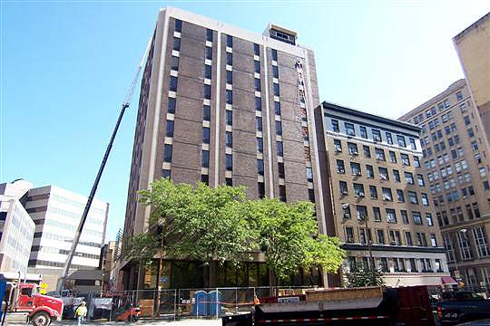 88 Elm Street. 13 floors of empty waiting for you to do something with it. [PHOTO: City of Rochester]
