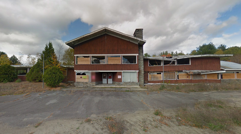 An abandoned restaurant in North Hudson, NY. [IMAGE: Google Street View]