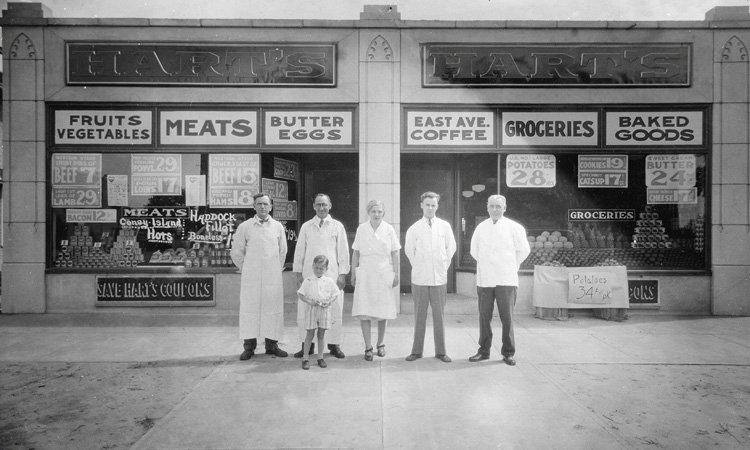 One of the original Hart's Food Stores in our area. [PHOTO: via Hart's Facebook page]