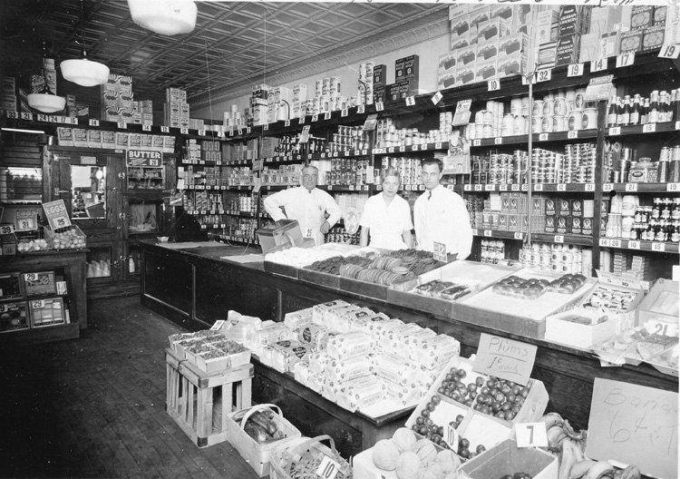 Interior of one of the original Hart's Food Stores in our area. [PHOTO: via Hart's Facebook page]