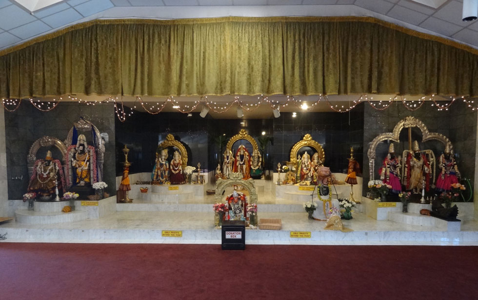Hindu Temple of Rochester, Pittsford, NY. [IMAGE: www.exploringtheburnedoverdistrict.wordpress.com]
