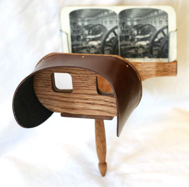 A stereoscope was used to view 3D stereograms. The Holmes Stereoscope was the most popular one in the 19th century. [PHOTO: Wikimedia Commons]