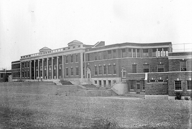 Monroe County Tuberculosis Sanatorium, Children's Building. To be demolished. [PHOTO: Albert R. Stone, 1911.]