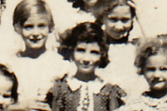 Children (patients) on the roof of Iola Tuberculosis Sanatorium (c.1939). [PHOTO COURTESY OF: Marilyn Casserino]
