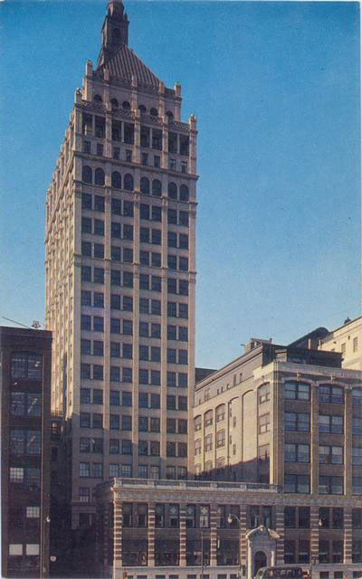 Here's how the building looked in the ...1950's? Looks pretty good I think.