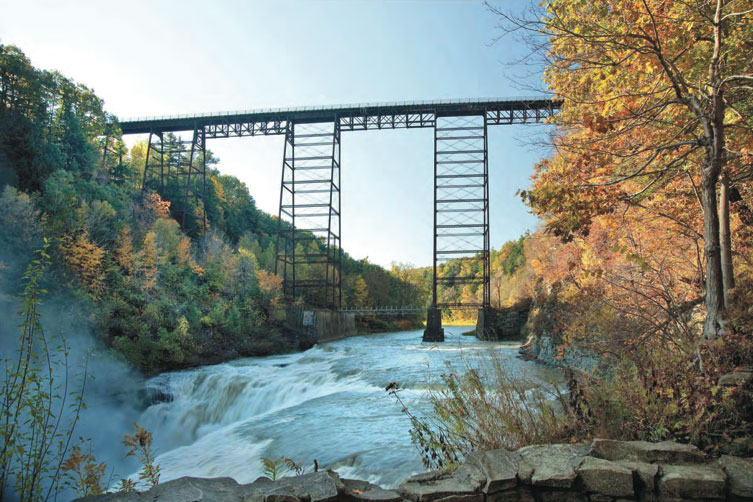 The Portageville Bridge over Letchworth State Park looking south from the Middle/Upper Falls Picnic Area. [PHOTO: Provided by NYSDOT]