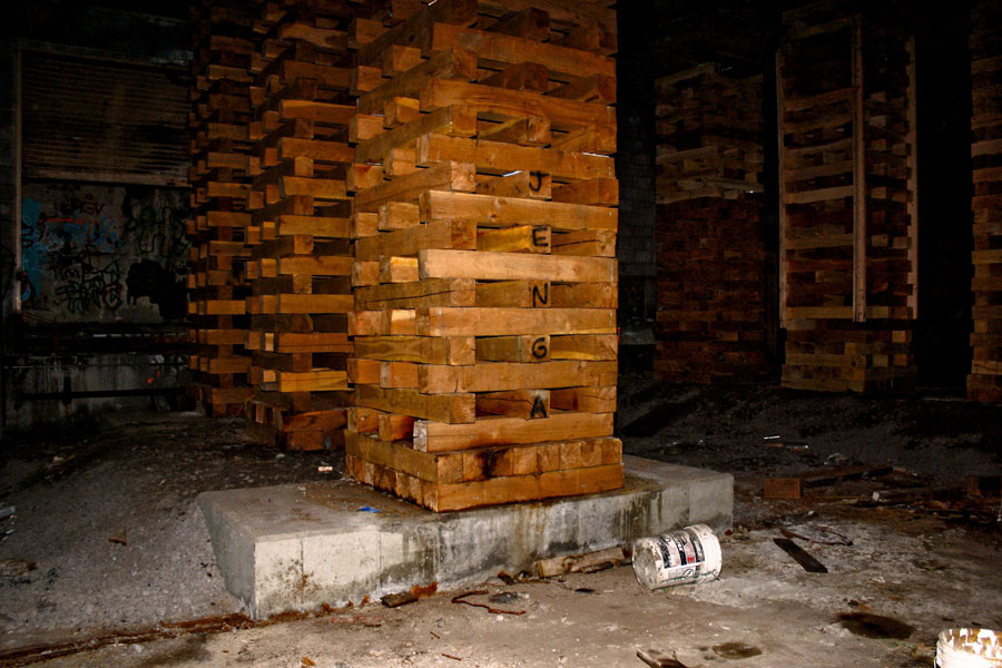 Rochester subway tunnel. Those 'Jenga' blocks are holding up Broad Street. Yikes. [PHOTO: Lizz Comstock]