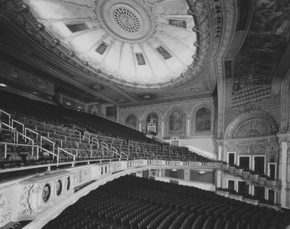 Balcony. 1940. [PHOTO: Ossie Wieggel / George Eastman House]