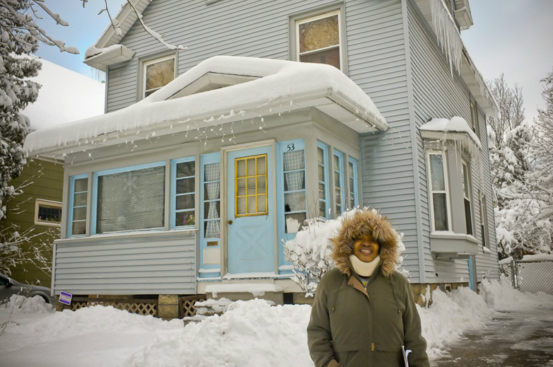 Mary Smith is fighting to keep her home of 30 years. [PHOTO: Julie Gelfand]