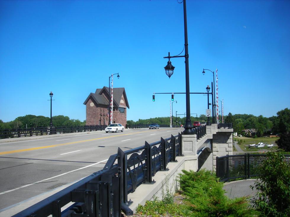 Over the O'rorke Bridge to Irondequoit! [PHOTO: Flickr, Dougtone]