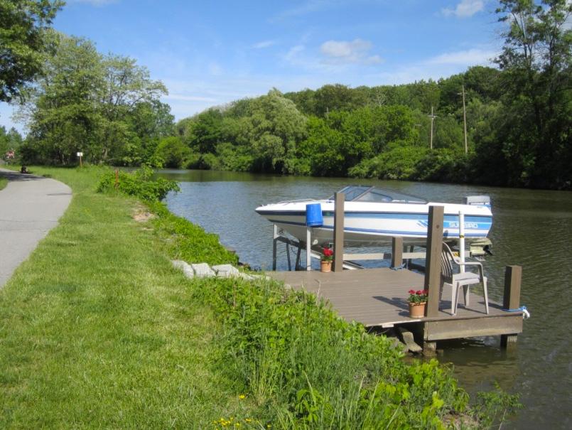 One of many boat docks along the way. [PHOTO: Ryan Green]