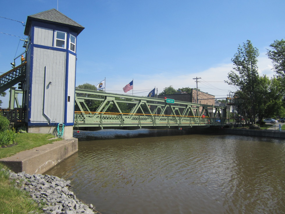 Here are some images around town. This is a very friendly town for those journeying on the canal.  [PHOTO: Ryan Green]