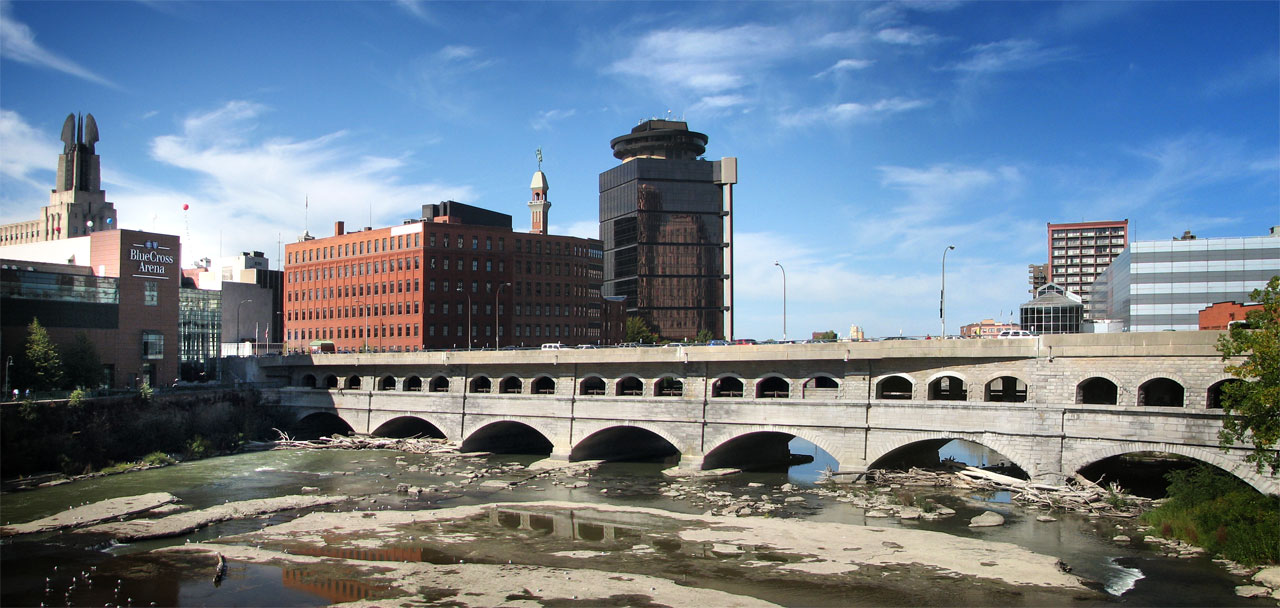 Rochester's aqueduct bridge has been a popular site for architecture and design students to reimagine. Its reuse could provide an economic lift for this downtown neighborhood. [PHOTO: RochesterSubway.com]