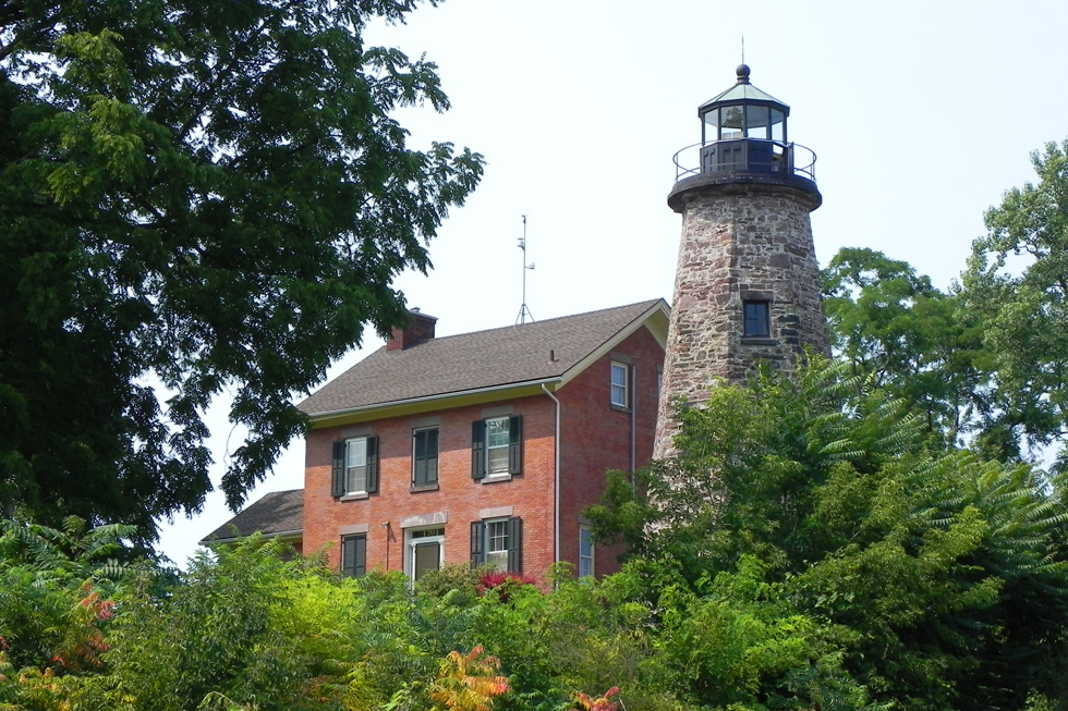 Another view of the lighthouse. [PHOTO: Joanne Brokaw]