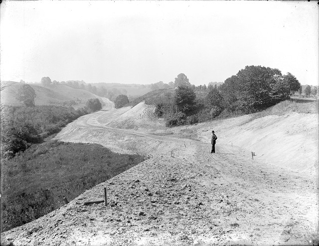 Construction of Durand-Eastman Park, c.1909. [PHOTO: Albert R. Stone]