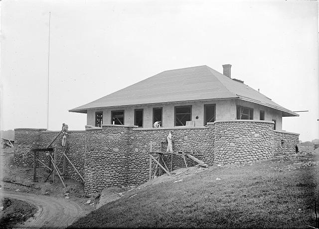 Construction of Durand-Eastman Park, c.1909. [PHOTO: Albert R. Stone]