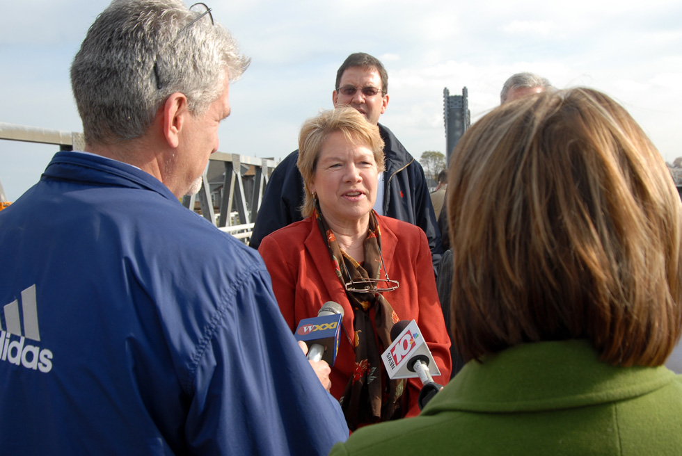 Local representatives have been calling for a fix to the bridge problem for years.  Here, then Monroe County Legislator Stephanie Polowe-Aldersley again raised the issue at the November 1 opening bridge reopening back in 2006. [PHOTO: Clarke Condé]
