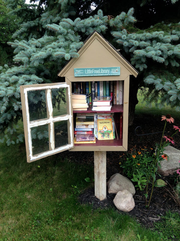 Little Free Library at 358 Hartsville Lane. [PHOTO: Chris Clemens]