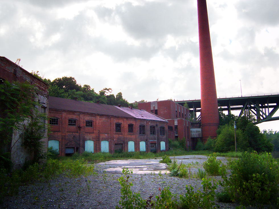 The Garbage Incinerator at High Falls, Rochester. [PHOTO: Robert Cunningham]