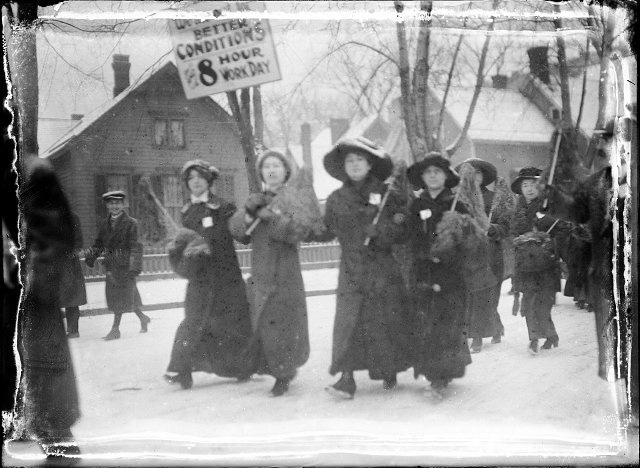 The Garment Workers Strike of 1913. [PHOTO: Albert R. Stone Collection] [PHOTO: Albert R. Stone Collection]