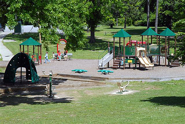 Playground at Maplewood Park. [IMAGE: City Photo Lab]
