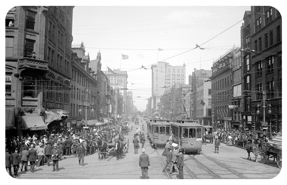 Main Street Rochester. c.1908 [PHOTO: Albert R. Stone Collection]