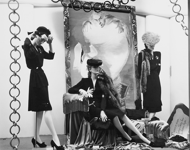This scene shows mannequins dressed in fashionable women's clothing. c.1940. [PHOTO: Rochester Public Library]