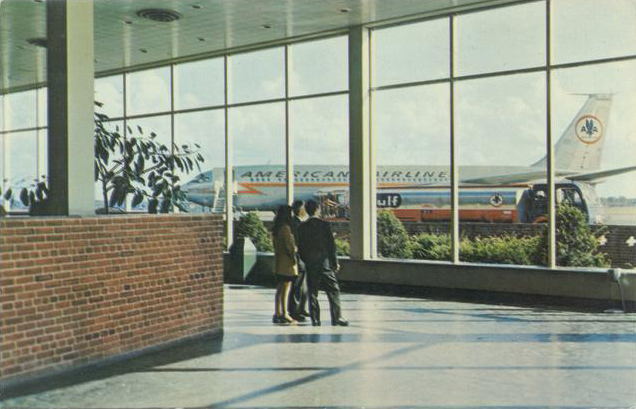 From inside, huge picture windows provided great viewing of the planes as they landed and departed. [IMAGE: Rochester Public Library Local History Division]