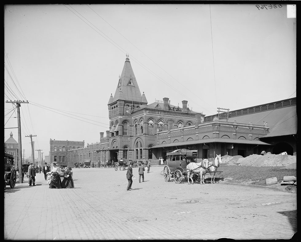 New York Central Railroad Station c.1905-1914 [PHOTO: Detroit Publishing via Library of Congress]