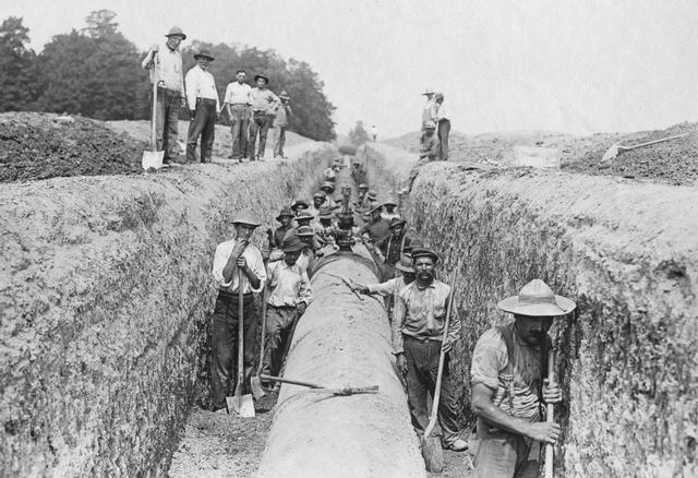 Workers constructing a conduit for Rochester's water supply system. 1913. [PHOTO: Albert R. Stone Collection]