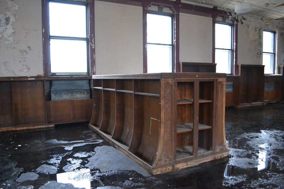 Inside Rochester's Pulaski Library. [IMAGE: RochesterSubway.com]