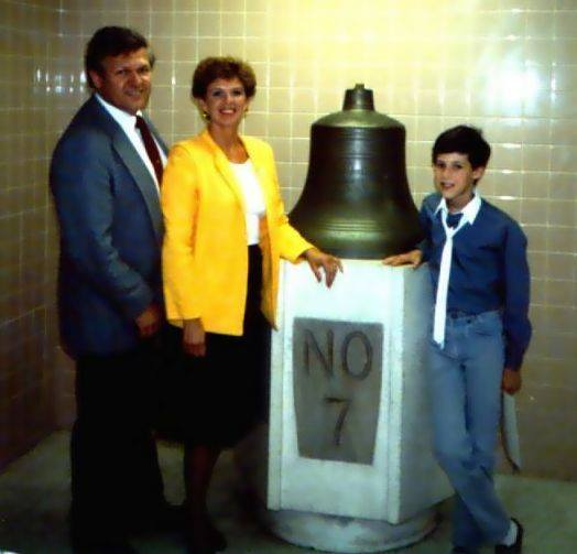 The actual bell (shown here) is still on display inside the 'new' Virgil I. Grissom School #7. [IMAGE: Provided by Bill Schmidt]