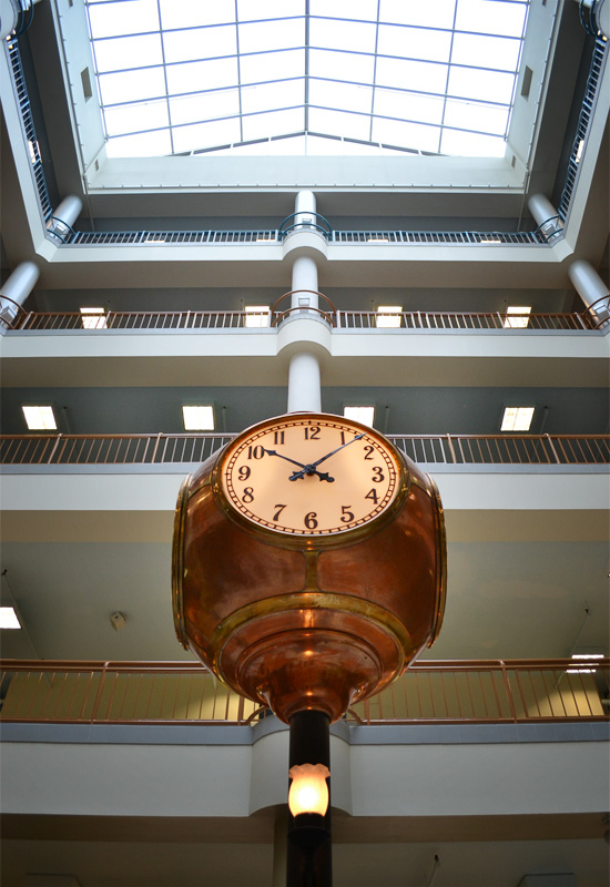 Sibley building clock. [PHOTO: RochesterSubway.com]