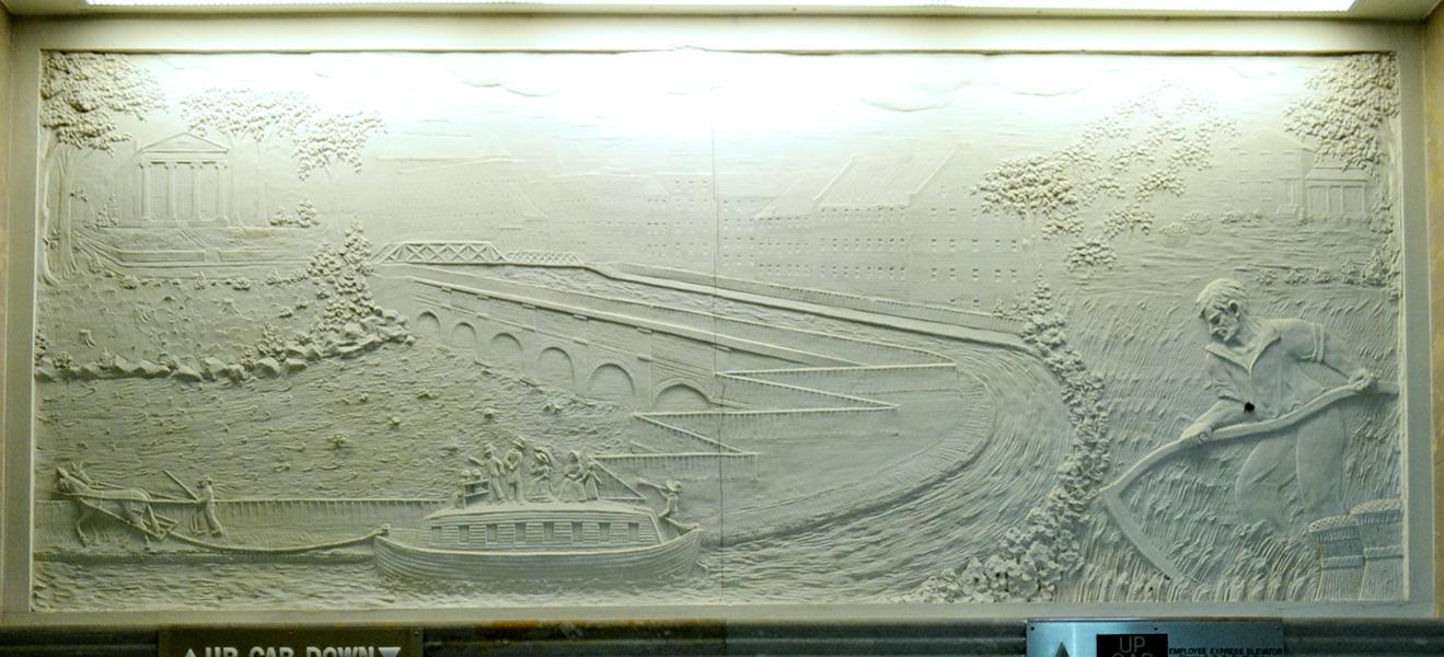 Sibley building elevator relief sculpture. [PHOTO: RochesterSubway.com]