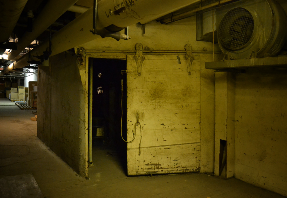 Sibley's department store basement. [PHOTO: RochesterSubway.com]