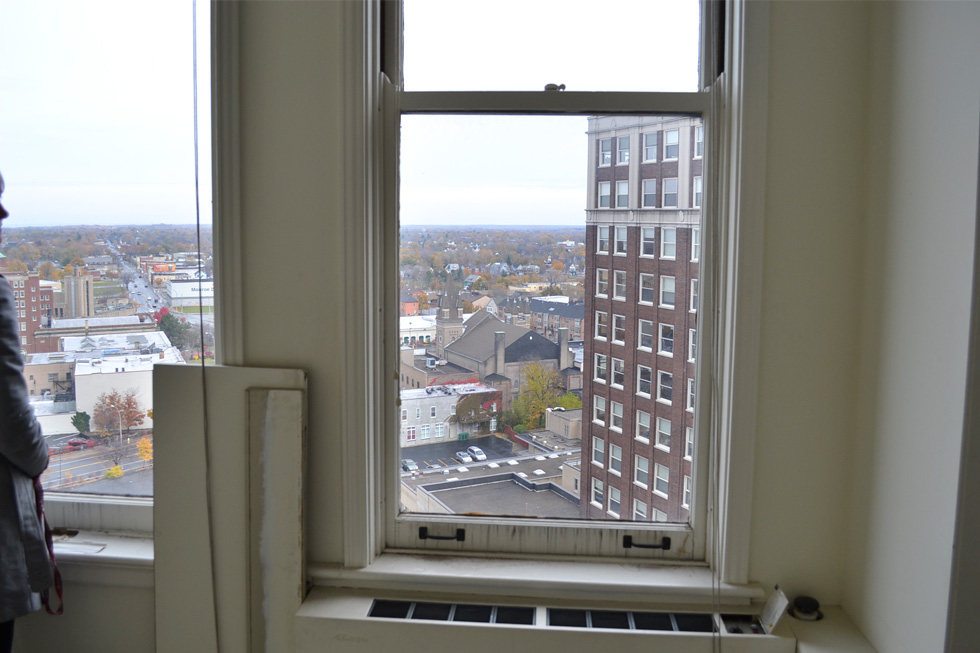From these windows you can see out to Lake Ontario on a clear day. [PHOTO: RochesterSubway.com]