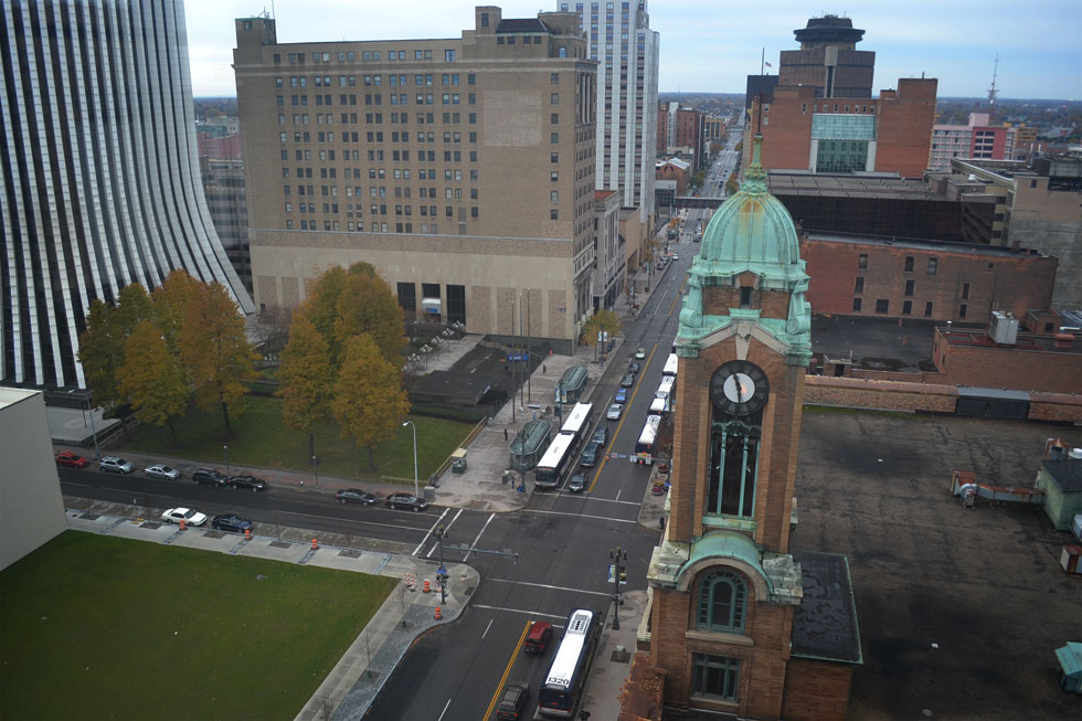 Nice view of the clock tower and Main Street West. [PHOTO: RochesterSubway.com]