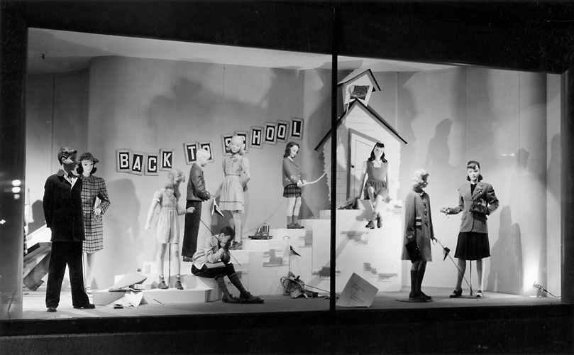 A Sibley's window display featuring mannequins wearing back to school fashions. 1940. [PHOTO: Rochester Public Library]
