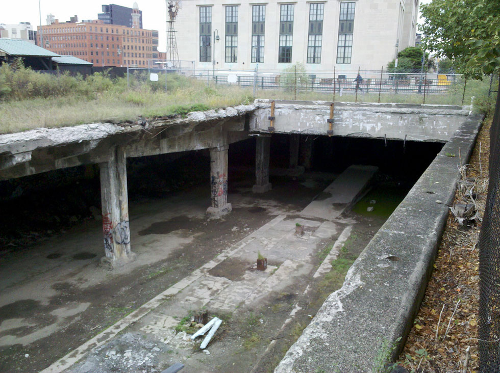 Abandoned Rochester subway tunnel at Court Street. [PHOTO: Russ Nelson, Flickr]
