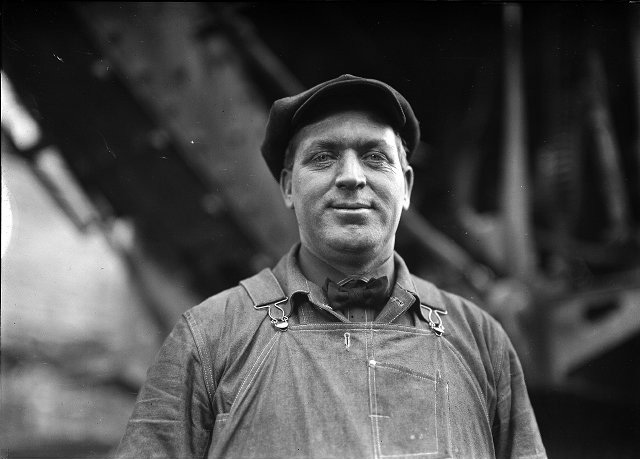 Ernest Marshall, an expert steam shovel operator on the site of the great subway construction project. Printed in Rochester Herald, December 2, 1923. [Stone photographic series, 'Men who built the subway'. ]